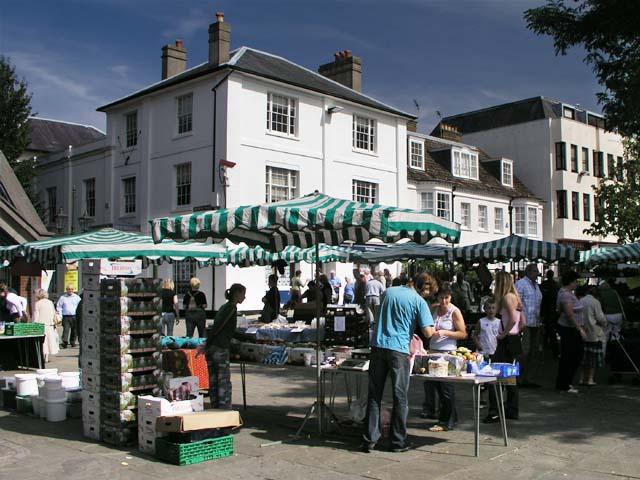 Carfax Horsham Markets