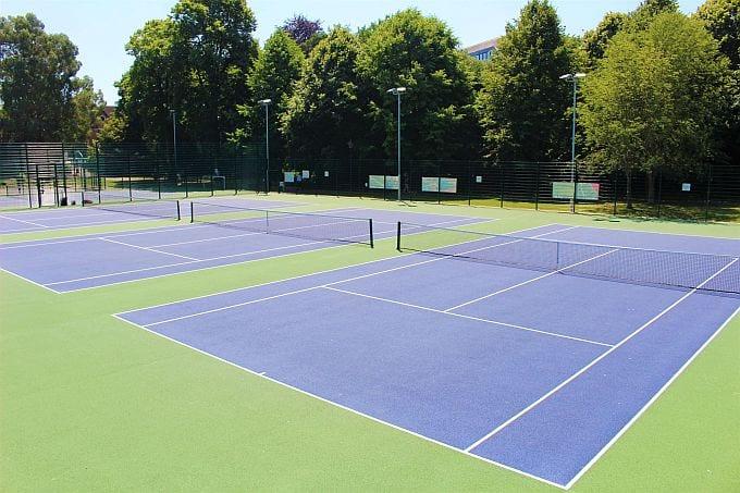 Aerial view of Horsham Park tennis courts
